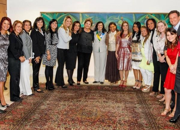 Mulheres e Dilma