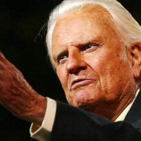 """""""Não encare os alertas despreocupadamente"""", diz Billy Graham sobre a volta de Jesus Cristo"""